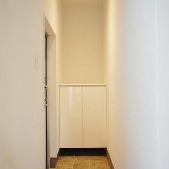 玄関もかっこいいですね。※写真は前回募集のものです