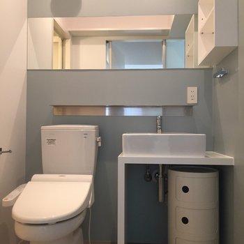 【トイレ】洗面所とトイレが一緒のアメセパタイプ〜!※写真は同間取り別部屋のもの