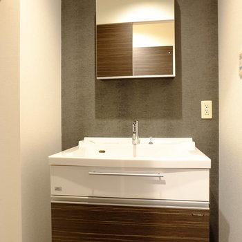 ホテルのような洗面台※写真はモデルルームです。