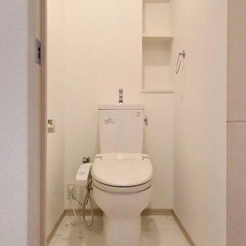 トイレにはウォシュレットも。