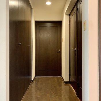 【現状写真】玄関〜廊下