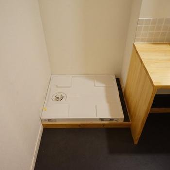 イメージ】洗濯機は室内に設置できます。
