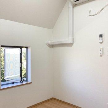 【3階】エアコンもついてます!