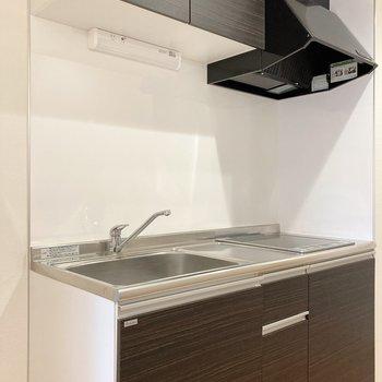 【2階】キッチンは大きめです。