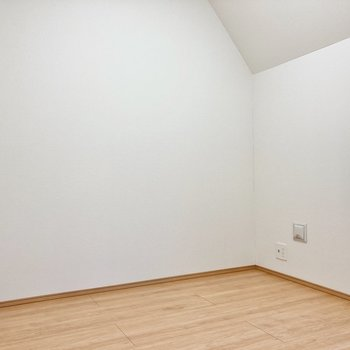 【3階】こちらにも居室が。約3.4帖です。