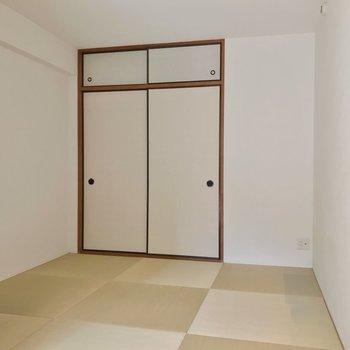 和室は引き戸で仕切られます。お子さまの遊び場にしてもいいですね。