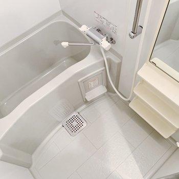 お風呂は浴室乾燥つき◎