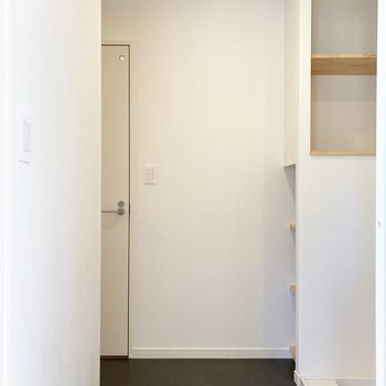 脱衣室もゆったりと。※写真は前回募集時のもの