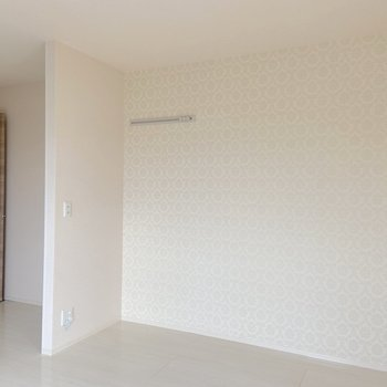 【LDK】仕切り壁があるので、廊下から見えない仕様になっています。