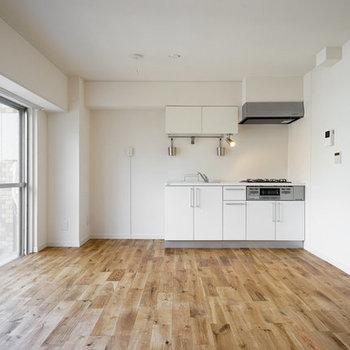 【完成イメージ】壁付けのキッチンなので家具の配置がしやすいですね。