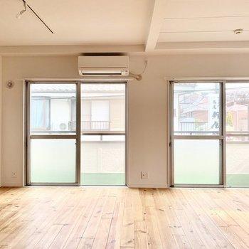 【完成イメージ】無垢の床が心地よい、お家時間が楽しくなるお部屋に