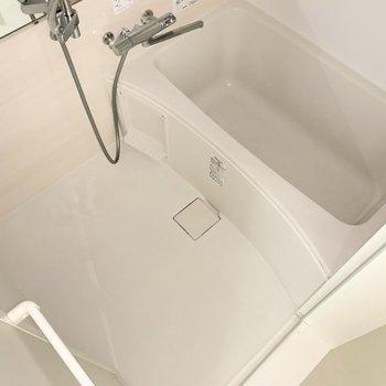 追い焚き付きのお風呂。まったり寛いでくださいね◯