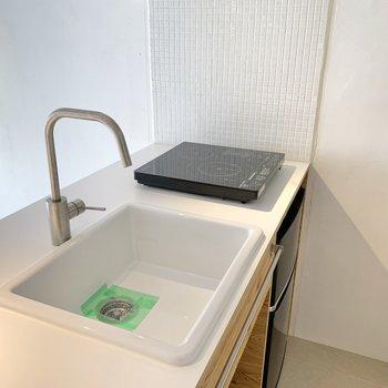 シンクも大きく、少し洗い物が溜まっても安心ですね。