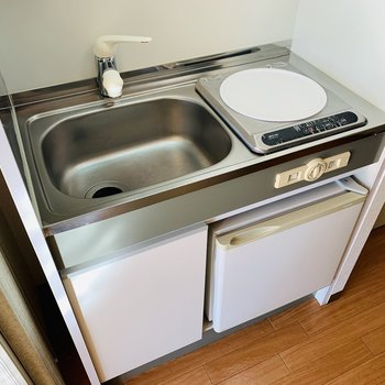 IHコンロはお掃除も楽々。(※写真は9階の同間取り別部屋のものです)