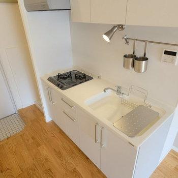 【イメージ】人工大理石のキッチンが魅力的!