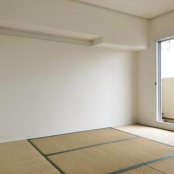 【和室】長押があって便利な和室です。