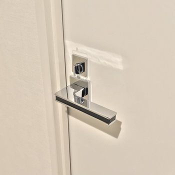 施錠ができるので来客時も安心。