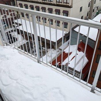 最上階なので冬場は少し雪がつもってしまうかも。
