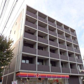 岩塚駅徒歩2分ほどのところにあるの便利な立地