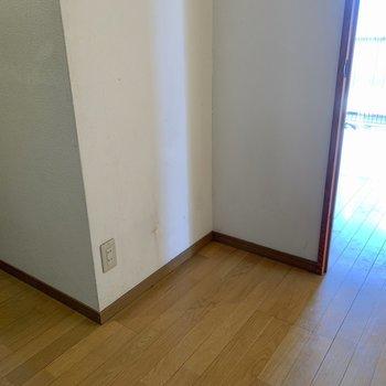 シューズボックスはないですが、置くスペースはあります