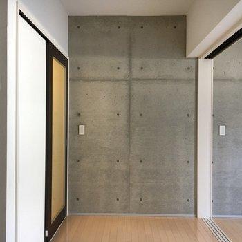 インターホンにはモニター付き◎※写真は1階同間取り・別部屋のものです。