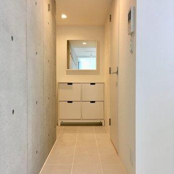 サニタリーへ行ってみましょう。※写真は2階の同間取り別部屋のものです