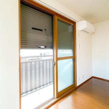 1階ですが、窓はシャッター付きなので防犯性を高めることも。