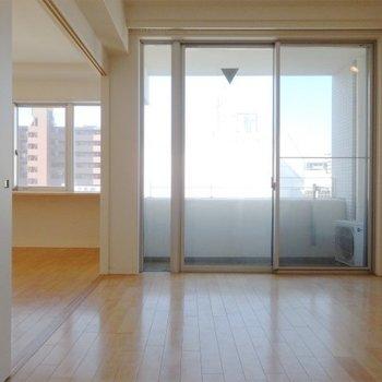 明るさも十分!※写真は6階同間取り・別部屋のものです。