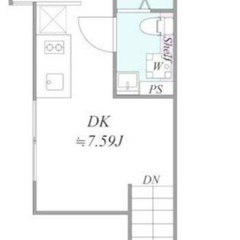 キッチンをセンターに、リビングとベッドスペースに分かれています。