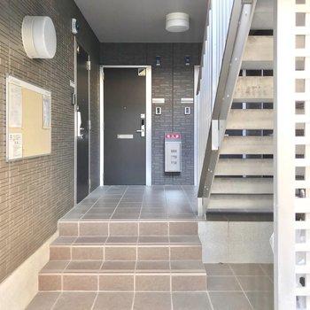少し階段をのぼった先なので1.5階のような感覚。