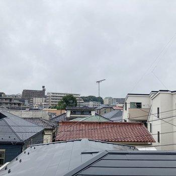【ベランダからの眺望】眺望は住宅街。