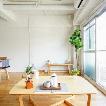 贅沢なワンルームです♪※写真は1階反転間取り、別部屋のもの。家具はイメージです