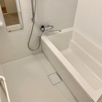 追い焚きと浴室乾燥機も付いているので家族全員快適に使用することができます。
