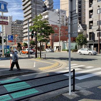 城南線までも徒歩約3分!バスに乗ると各方面にアクセス良好です!