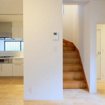 【完成イメージ】階段をあがると・・・?わくわく(階段は既存利用です)