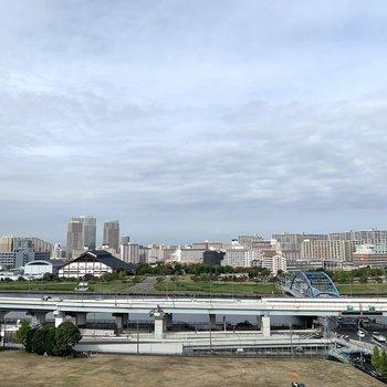 共用部からは隅田川がよく見えますよ。