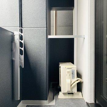 ベランダスペース。お洗濯も干せます。(※写真は2階の同間取り別部屋、モデルルームのものです)
