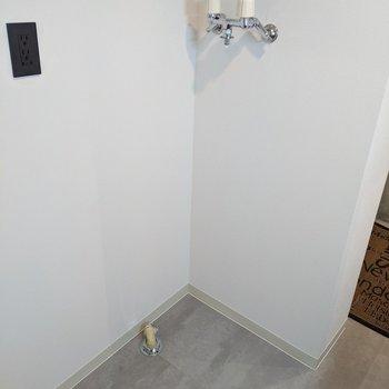 洗濯機置場もあります。