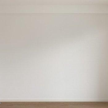 真っ白な壁外かと思いきや、、(※写真は7階の同間取り別部屋のものです)