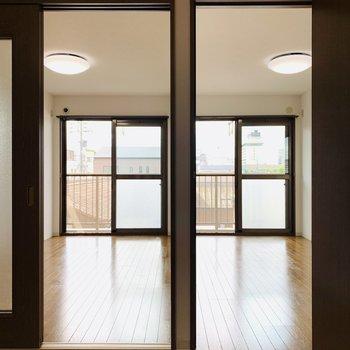 そして2つの洋室。両部屋とも6帖です。(※写真は3階の同間取り別部屋のものです)