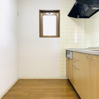 広々としたキッチンスペース。(※写真は3階の同間取り別部屋のものです)