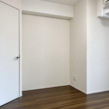 くぼみにテレビが置けそうですね。※写真は3階の同間取り別部屋のものです