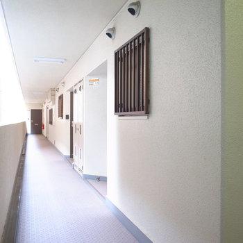 【共用部】エレベーターを降りてすぐのお部屋!