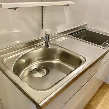 キッチンは調理スペースも大きく作業がしやすそう