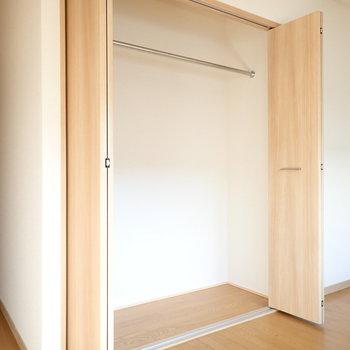 洋室③】各お部屋に収納があるので、みんなの荷物をきちんと分けられます。