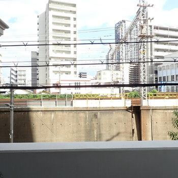 線路が目の前にあります。
