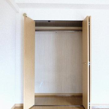 このお部屋唯一の収納。有効活用しましょ♪(※写真は5階の反転間取り別部屋のものです)