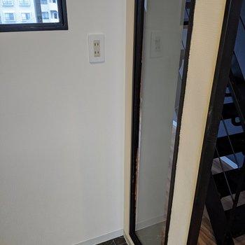 【キッチン】こちら側には冷蔵庫を置くといいですよ。