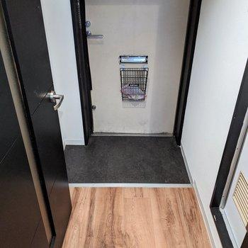 幅が広く使いやすい玄関スペース。