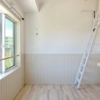 ヨーロピアンのインテリアが似合いそう。※写真は2階の反転間取り別部屋のものです